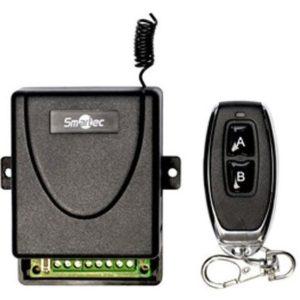 Комплект управления по радиоканалу с динамическим кодом (приемник + брелок), память до 6 брелоков Smartec ST-EX102RF