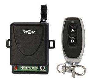 Пиемник + брелок с динамическим кодом, память 6 брелоков, НЗ/НР, триггерный и испульсный режим, 433 МГц, 12В/24В, 12 мА Smartec ST-EX101RF радиоуправление