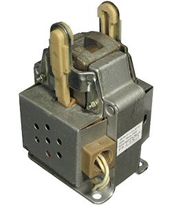 ЭМ44-37-1321-20 У3, 220В, тянуще-толкающее исполнение, ПВ 100%, IP20, с гибкими выводами, электромагнит (ЭТ)